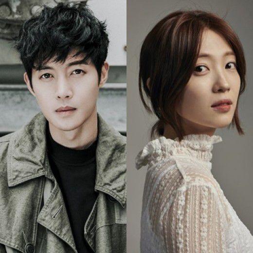 """Kim Hyun Joong đọc kịch bản """"When Time Stopped"""" chuẩn bị lên sóng 3"""