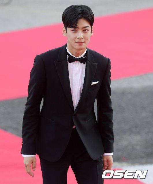 Korea Drama Awards 2018: Cha Eun Woo nổi bật giữa dàn mỹ nhân 2