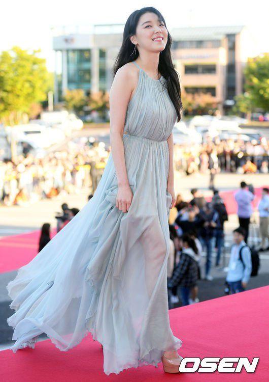Korea Drama Awards 2018: Cha Eun Woo nổi bật giữa dàn mỹ nhân 9