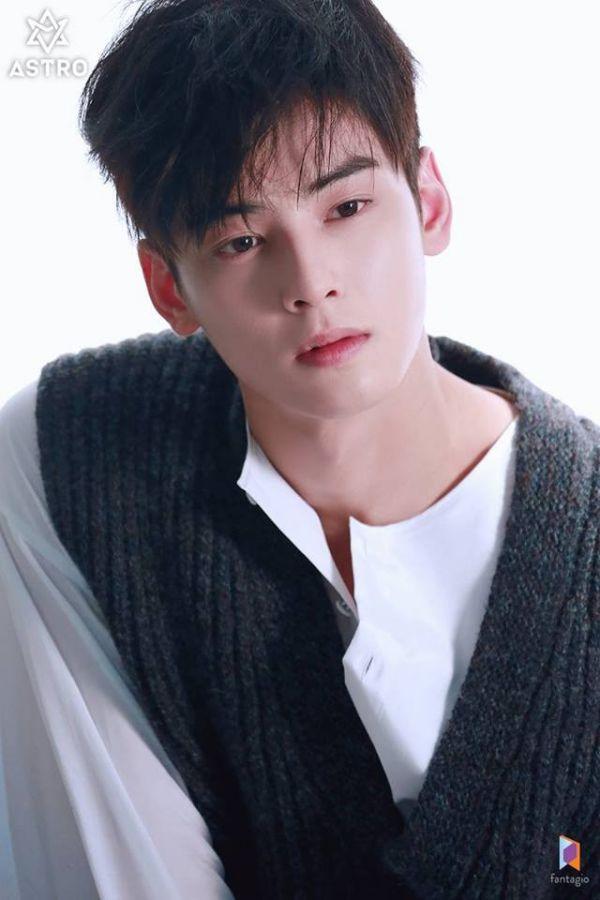 """Loạt ảnh mới của Cha Eun Woo tháng 10 này có làm bạn """"rụng tim""""? 10"""