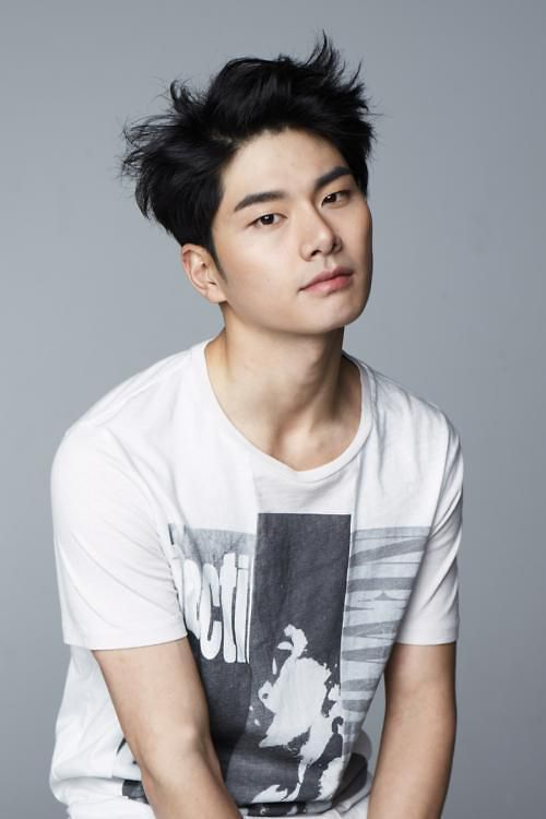 """N (VIXX) sẽ tham gia phim """"Red Moon, Blue Sea"""" cùng Lee Yi Kyung 4"""