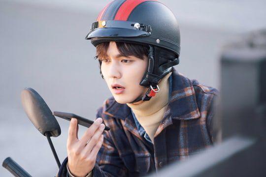 """""""Bok Soo is Back"""" tung loạt ảnh đẹp đầu tiên của Yoo Seung Ho 2"""
