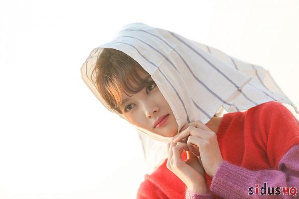 """""""Cô Tiên Dọn Dẹp"""": Loạt ảnh hậu trường đẹp thiên thần của Kim Yoo Jung 12"""