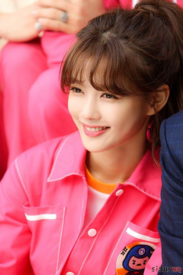"""""""Cô Tiên Dọn Dẹp"""": Loạt ảnh hậu trường đẹp thiên thần của Kim Yoo Jung 15"""