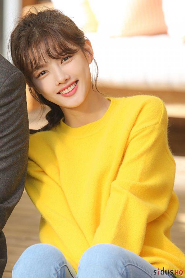 """""""Cô Tiên Dọn Dẹp"""": Loạt ảnh hậu trường đẹp thiên thần của Kim Yoo Jung 2"""