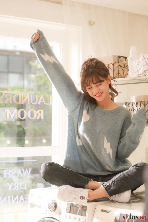 """""""Cô Tiên Dọn Dẹp"""": Loạt ảnh hậu trường đẹp thiên thần của Kim Yoo Jung 6"""