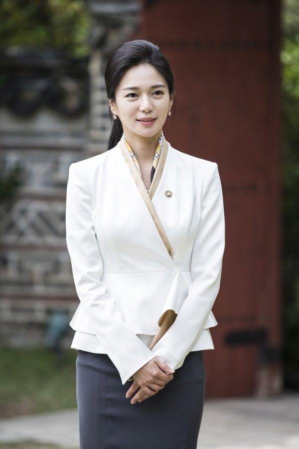 """Phim """"Empress's Dignity"""" của Jang Nara tung teaser và tạo hình nhân vật 13"""