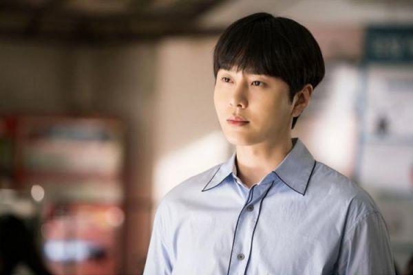 Phim Hàn mới sắp lên sóng tháng 12/2018: Cuộc chiến bất phân thắng bại 16