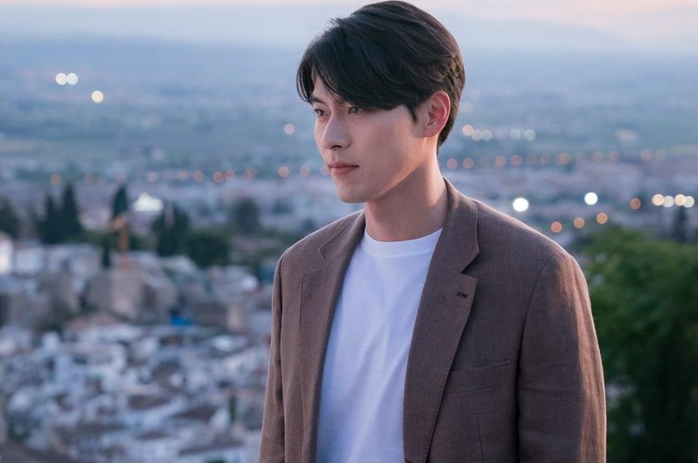 """Vì sao """"Memories of the Alhambra"""" là bộ phim phải xem cuối năm 2018 7"""