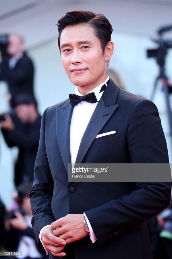 Các dự án phim điện ảnh sắp ra mắt 2019 của tài tử Ha Jung Woo2