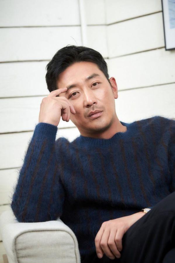 Các dự án phim điện ảnh sắp ra mắt 2019 của tài tử Ha Jung Woo 5