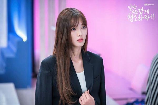 """""""Cô Tiên Dọn Dẹp"""" tung ảnh hậu trường đáng yêu của Kim Yoo Jung, Yoon Kyun Sang 25"""