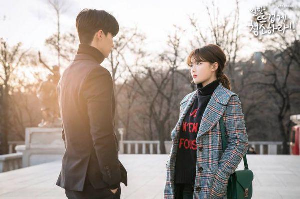 """""""Cô Tiên Dọn Dẹp"""" tập 7: Sun Kyun thấy Gil Oh Sol và Choi Kun vui vẻ với nhau 7"""