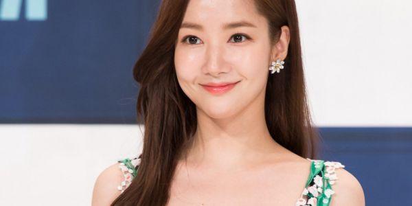 """""""Her Private Life"""": Phim hài lãng mạn mà Park Min Young đang cân nhắc 2"""