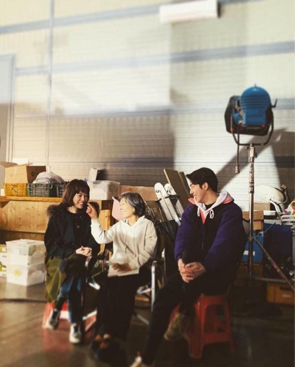 Hình ảnh buổi đọc kịch bản phim 'Dazzling' của Han Ji Min và Nam Joo Hyuk 2