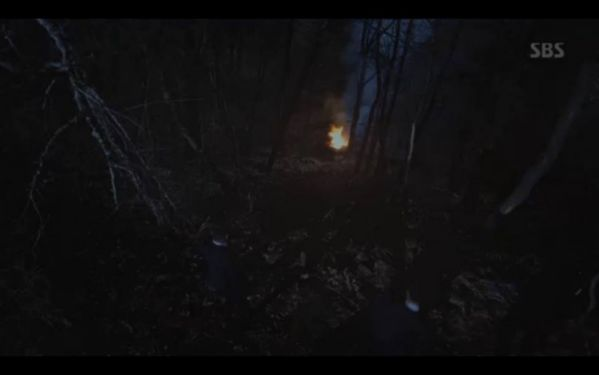 """""""Hoàng Hậu Cuối Cùng"""" tập 11,12: Jang Na Ra đau lòng, Jin Hyuk suýt chết 9"""