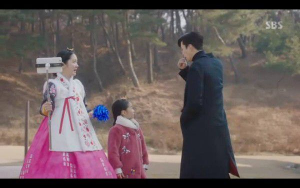 """""""Hoàng Hậu Cuối Cùng"""" tập 23, 24: Hoàng Đế Lee Hyuk ra tay giết Yoo Ra 14"""
