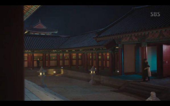 """""""Hoàng Hậu Cuối Cùng"""" tập 23, 24: Hoàng Đế Lee Hyuk ra tay giết Yoo Ra 25"""