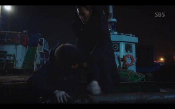 """""""Hoàng Hậu Cuối Cùng"""" tập 23, 24: Hoàng Đế Lee Hyuk ra tay giết Yoo Ra 9"""
