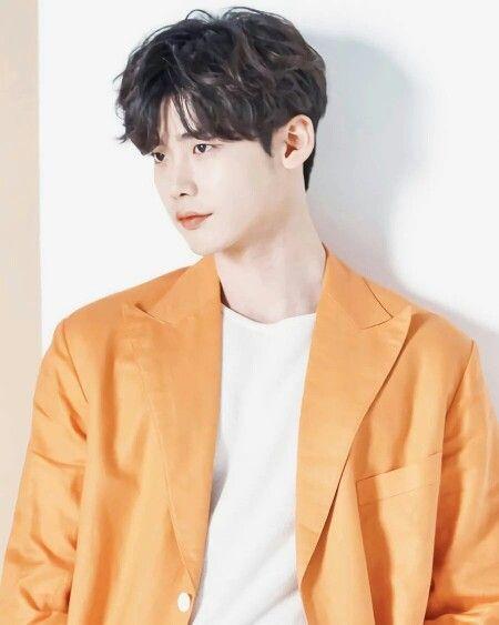 """""""Romance Supplement"""" tung poster đầu tiên của Lee Jong Suk và Lee Na Young 1"""