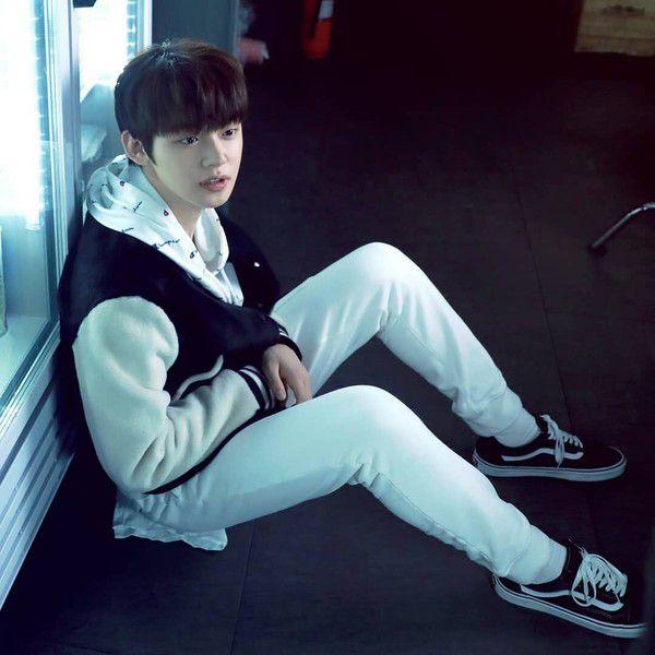 Ảnh hậu trường siêu hot của Yeonjun - nhóm TXT (Tomorrow X Together)2