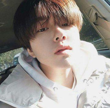 Beomgyu: Thành viên thứ 5 (Visual) của nhóm nhạc TXT vừa ra mắt 3