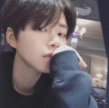 Beomgyu: Thành viên thứ 5 (Visual) của nhóm nhạc TXT vừa ra mắt 4