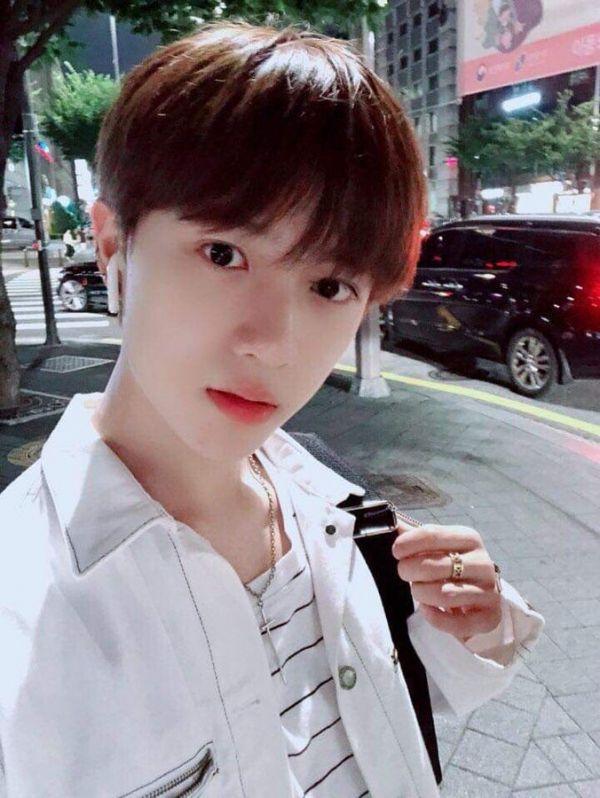 Beomgyu: Thành viên thứ 5 (Visual) của nhóm nhạc TXT vừa ra mắt 5