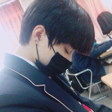 Beomgyu: Thành viên thứ 5 (Visual) của nhóm nhạc TXT vừa ra mắt 6