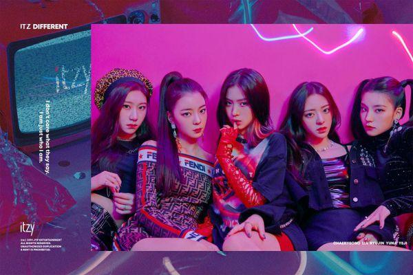 Đội hình đủ của nhóm nhạc TXT gồm 5 thành viên chính thức ra mắt 4