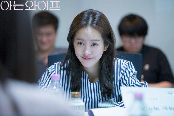"""Han Ji Min và Jung Hae In kết đôi trong """"Spring Night"""": Khán giả nói gì? 5"""