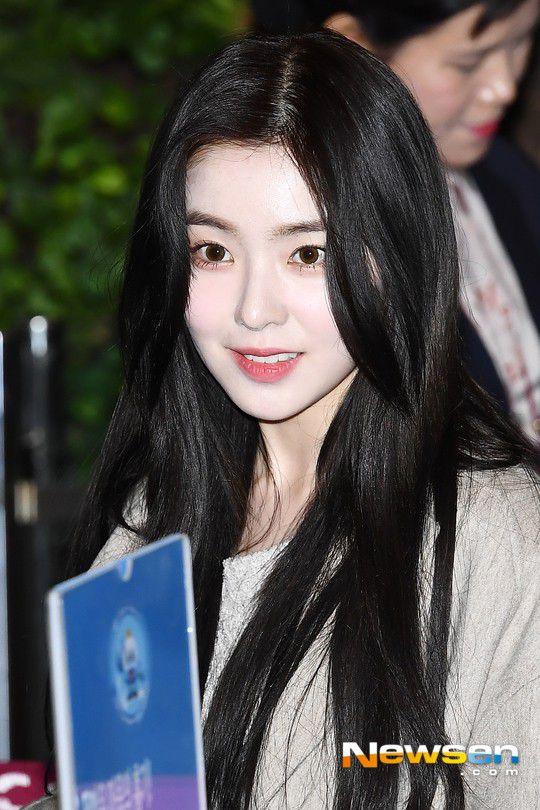 Sân bay Incheon ngày 11/1: Cuộc đổ bộ của Irene, Taeyeon, Dara và BTS 3