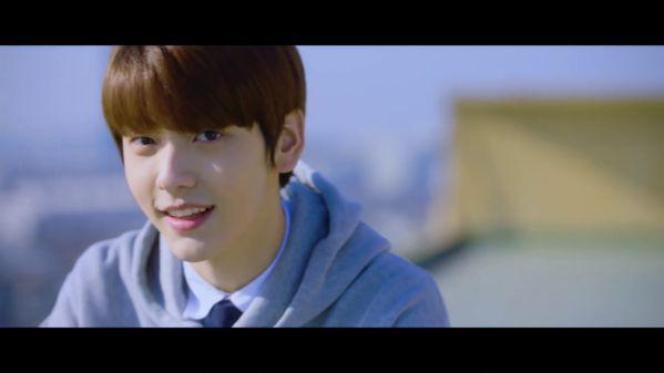 SooBin: Thành viên thứ 2 của TXT (Tomorrow x Together) xuất hiện 6
