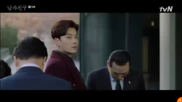 """Tập 11, 12 của """"Encounter"""": Soo Hyun và Jin Hyuk ngày càng tình cảm hơn 14"""