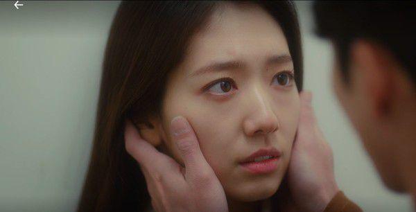 """Tập 14, rating của """"Memories of the Alhambra"""" tăng vọt nhờ vào cảnh hôn 1"""