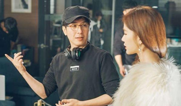 """""""Touch Your Heart"""": Vì sao Đạo diễn chọn Lee Dong Wook và Yoo In Na?12"""