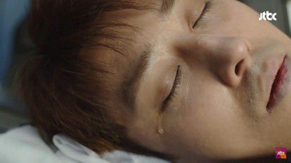 """""""Dazzling"""" tập 1: Khán giả khen ngợi Han Ji Min và Nam Joo Hyuk hết lời 8"""