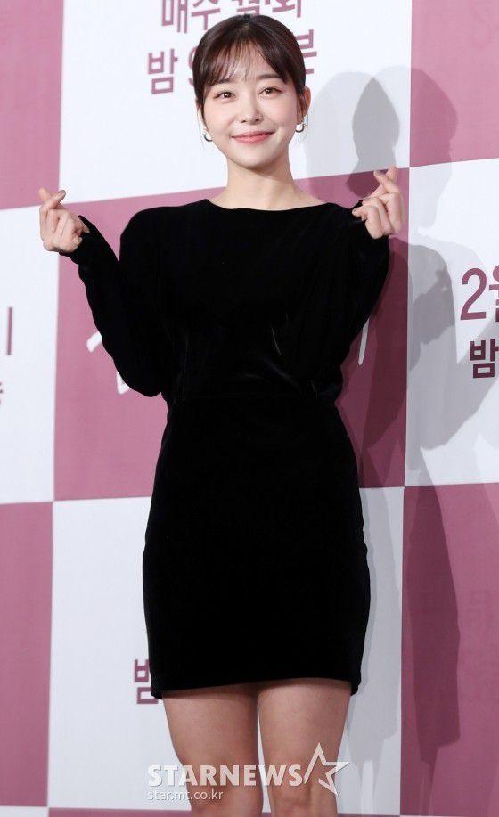 """Họp báo """"Dazzling"""": Sự chênh lệch chiều cao đáng yêu giữa Han Ji Min và Nam Joo Hyuk 15"""