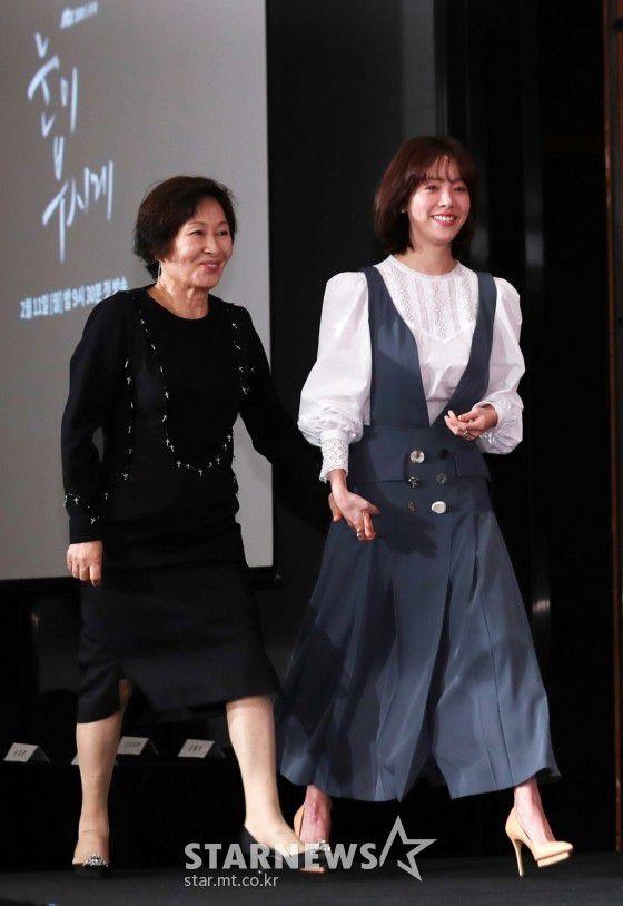 """Họp báo """"Dazzling"""": Sự chênh lệch chiều cao đáng yêu giữa Han Ji Min và Nam Joo Hyuk 6"""