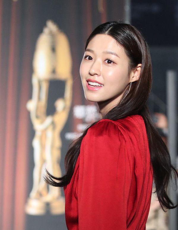 """Nhận đóng chính trong """"My Country"""" 2019, Seolhyun (AOA) bị chê tơi bời 2"""