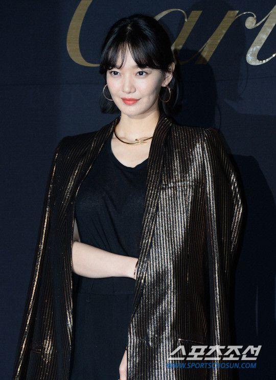 """""""Advisor"""" của Shin Min Ah bóc trần góc khuất đen tối của chính trị Hàn 6"""