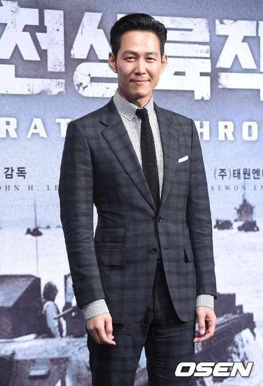 """""""Advisor"""" của Shin Min Ah bóc trần góc khuất đen tối của chính trị Hàn 7"""