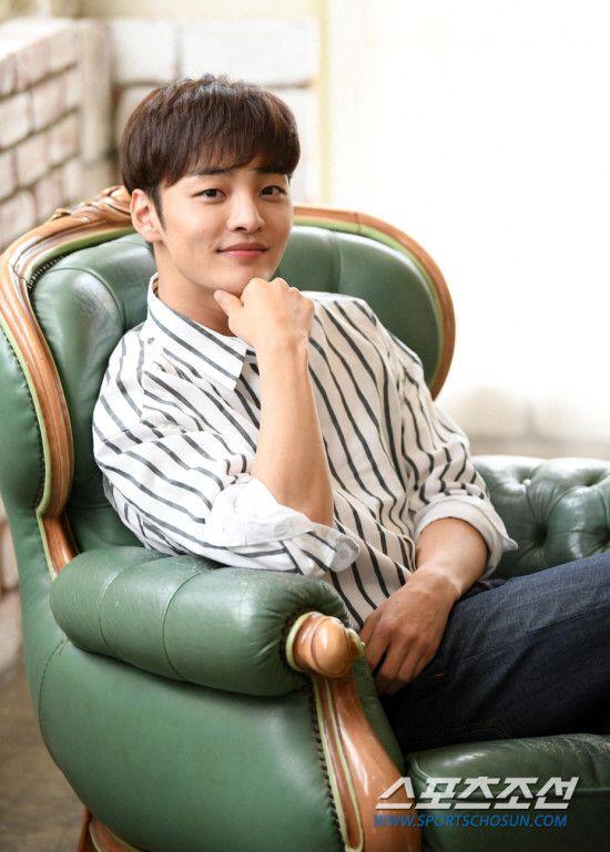 "Dàn mỹ nam của phim cổ trang ""Flower Crew: Joseon Marriage Agency"" 5"