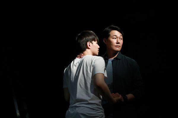 Những bộ phim Hàn Quốc hay nhất đề cập và lên án giới showbiz 11