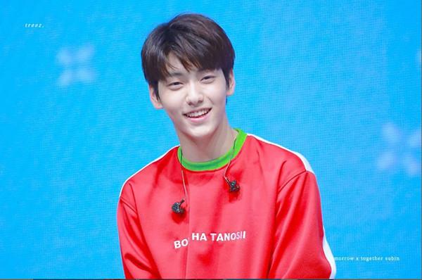 """Soobin (TXT): Biểu cảm đáng yêu với một nụ cười """"nhớ nhau cả đời"""" 2"""