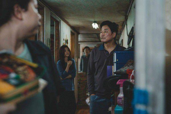 Bom tấn kinh dị 'Parasite/Ký Sinh Trùng' của Song Kang Ho tung teaser 3