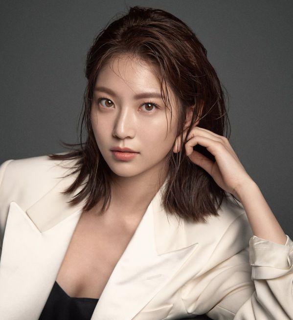 """Đã biết nữ chính của phim """"Flower Crew: Joseon Marriage Agency"""" 1"""