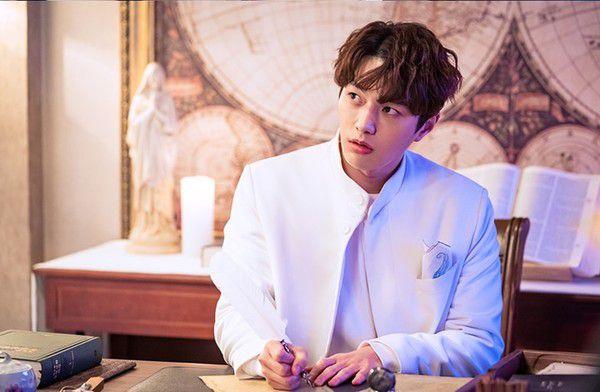 Phim Hàn mới sắp ra mắt tháng 5/2019: Cuộc đổ bộ của các sao hạng A 15
