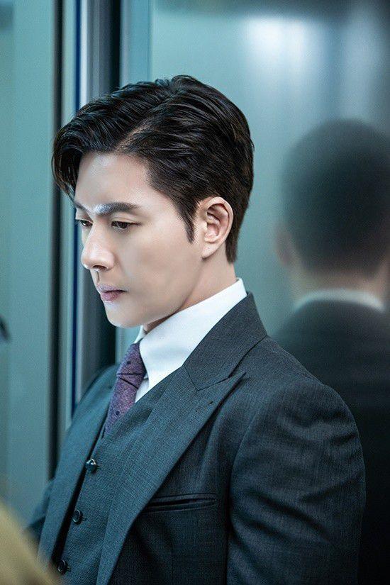 """Phim """"Secret - Bí Mật"""" của Park Hae Jin hé lộ ảnh đẹp đầy mê hoặc 2"""