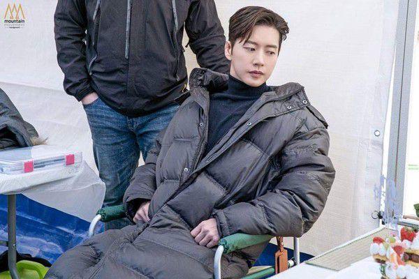 """Phim """"Secret - Bí Mật"""" của Park Hae Jin hé lộ ảnh đẹp đầy mê hoặc 13"""